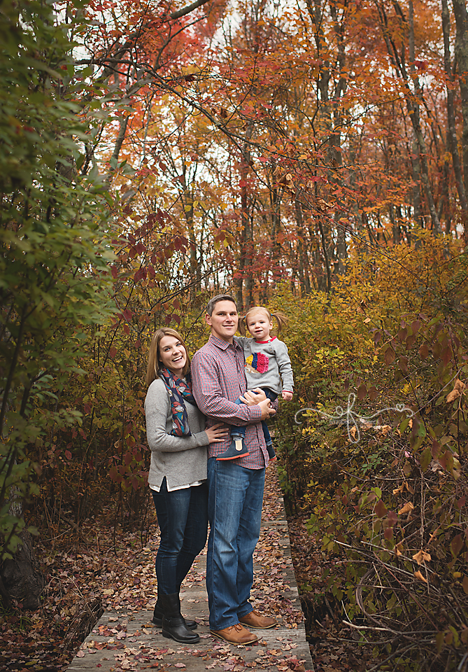 CT Fall Mini Session Photographer, CT Family Photographer, CT Baby Photographer, Autumn Photos, Elizabeth Frederick Photography