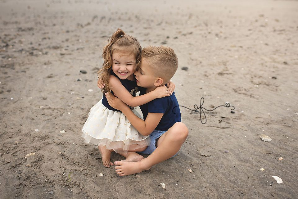 Beach Family Sessison | Milford CT Family Session