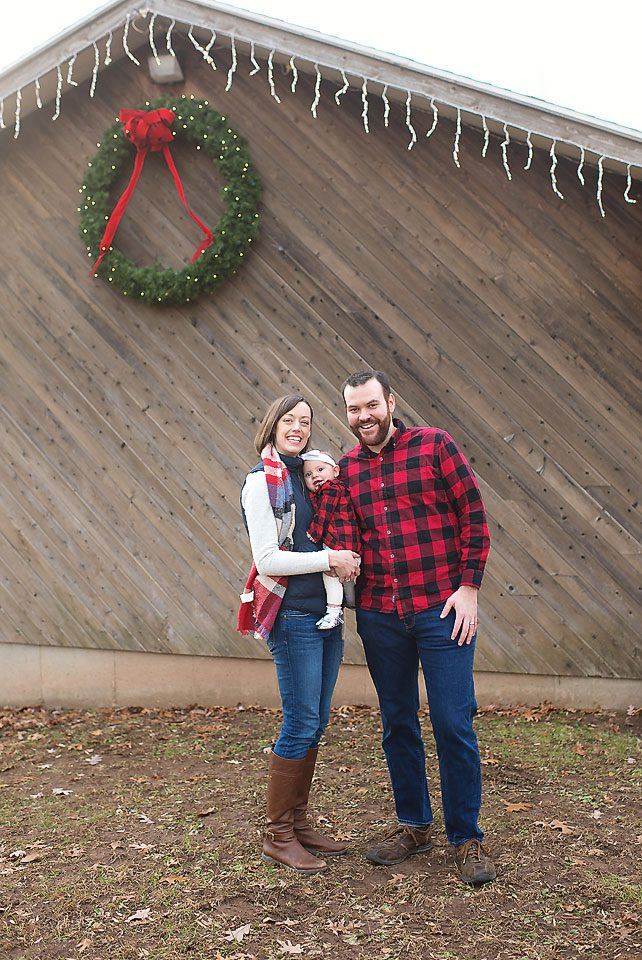 Christmas in the Park Family Mini Sessions Hubbard Park Meriden CT CT Photographer Elizabeth Frederick Photography