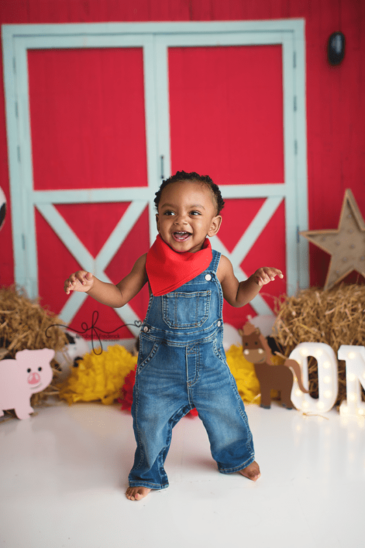 Farm themed Smash Cake Photography session in Connecticut | CT Smash Cake Photographer