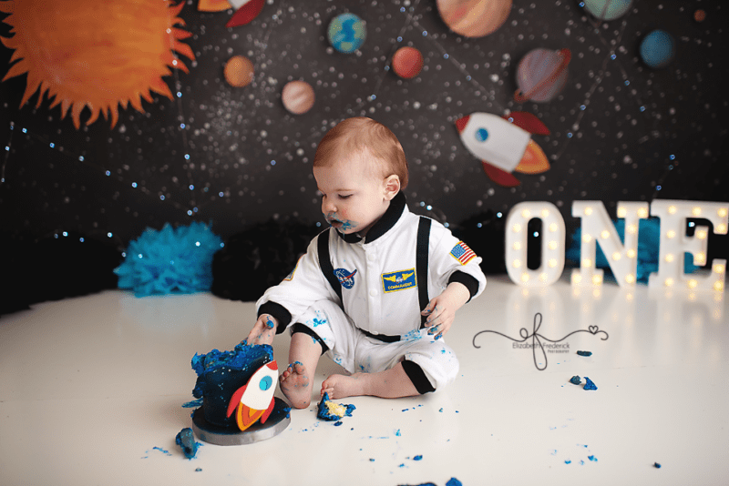 Space Astronaut Themed Smash Cake Photography Session | Space Astronaut First Birthday | CT Smash Cake Photographer Elizabeth Frederick Photography