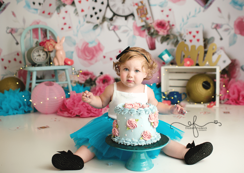 Alice in Wonderland Smash Cake Photography session Elizabeth Frederick Photography